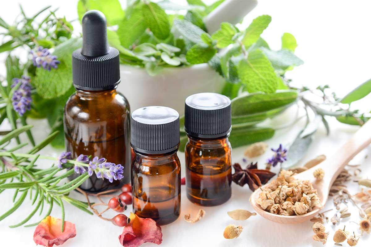 Los aceites esenciales tienen propiedades terapéuticas.