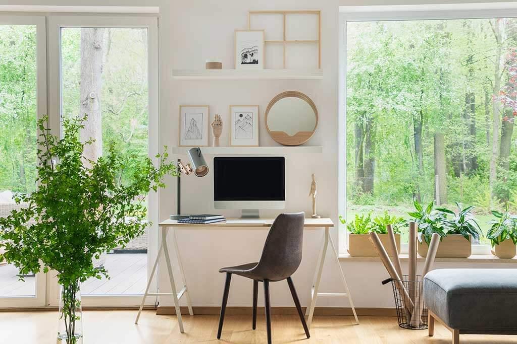 Ventanas de la oficina en casa: ubicación y formas de cubrirlas