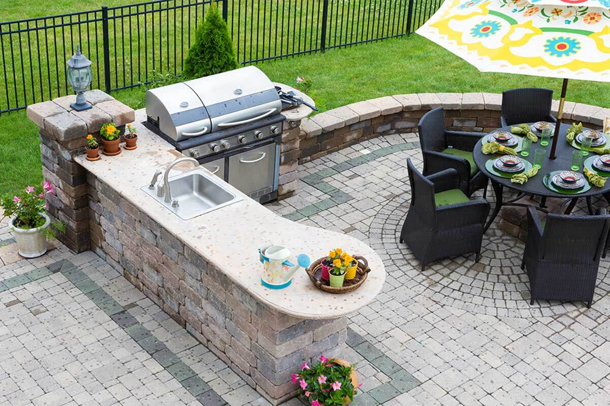 Outdoor cooking has great advantages.