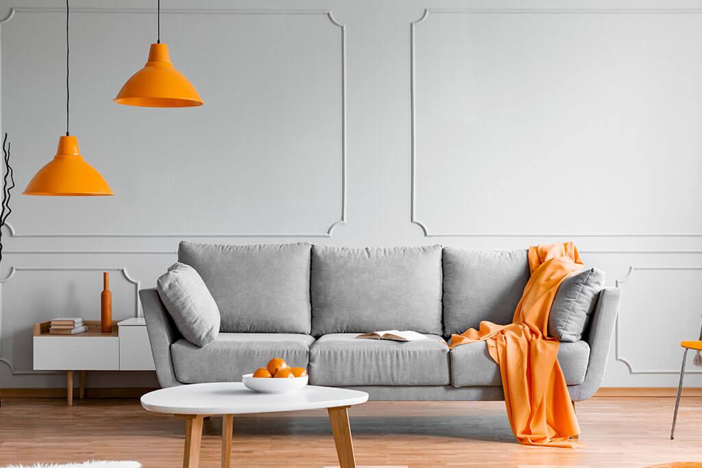 Sofá gris: colores para combinar con las paredes