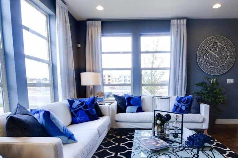 Cortinas para combinar con las paredes azules