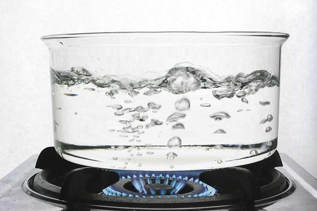 Agua caliente.