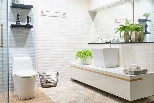 4 idee a basso costo per rinnovare il bagno