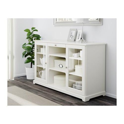 Vetrine IKEA: 5 diversi modelli per arredare casa