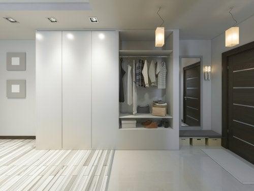 Scegliere l'armadio per la camera da letto