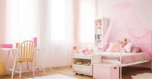 Idee per arredare una cameretta da bambina
