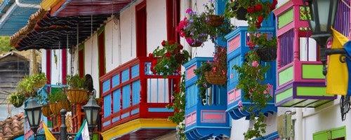 6 consigli per decorare il balcone
