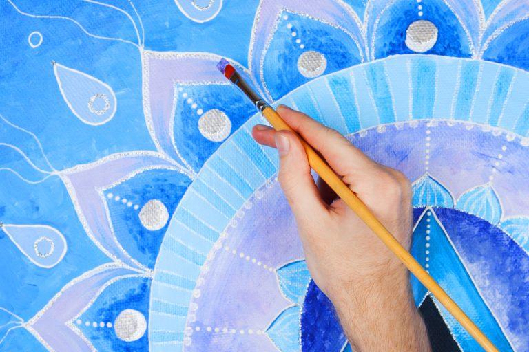 pittura con mandala