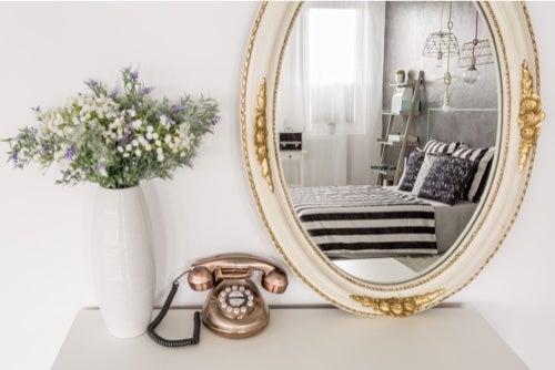 Specchi vintage: idee per la camera da letto — Arrediamo
