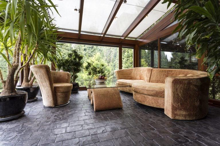 veranda con mura a vetro