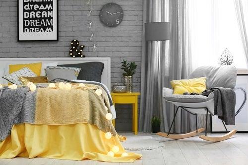copriletto giallo