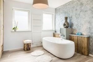 Legno massello in bagno