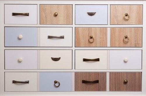 Suggerimenti per la scelta delle maniglie del vostro armadio