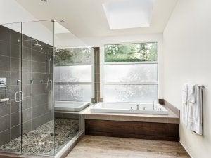 Pavimento in bambù per il bagno