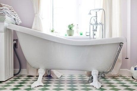 Vasca Da Bagno Usata Antica : Vasche da bagno antica usata vasche da bagno retrò belle e
