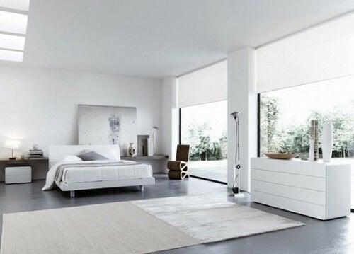 Una stanza da letto in stile italiano