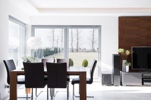 Sala da pranzo minimalista: 4 motivi per averne una