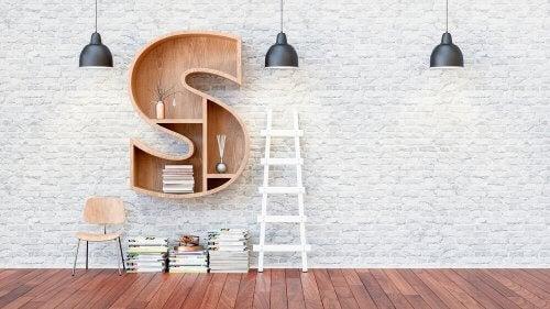Decorare le pareti con lettere e numeri