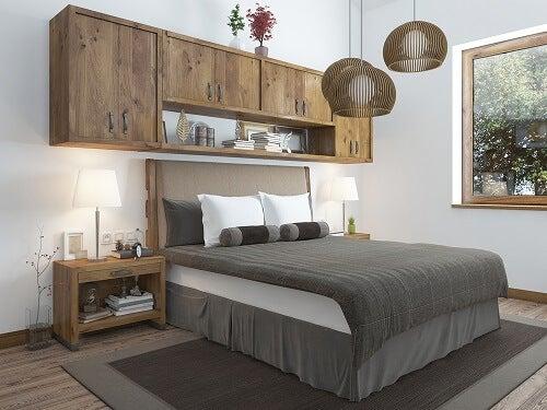 Riordinare la camera da letto grazie a 5 mobili