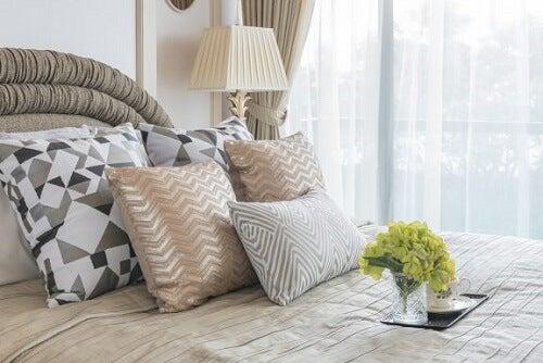 Decorazioni fai-da-te per i vostri cuscini
