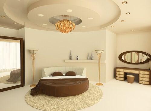 Letto rotondo: un tocco originale alla camera da letto