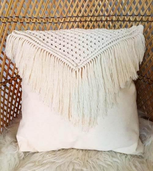 Cuscino per decorare con le frange