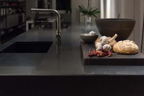 Piani cucina in granito vantaggi e svantaggi arrediamo - Piano cucina in granito ...