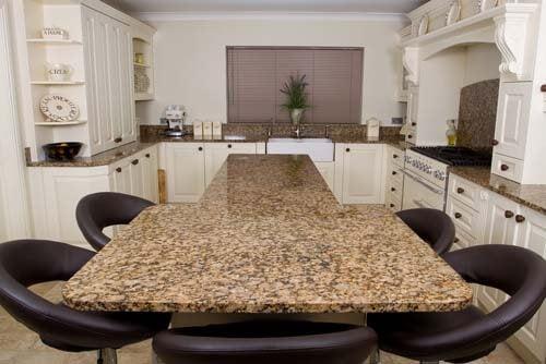 Ci sono tanti tipi di piani cucina in granito