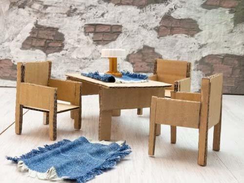 Creare mobili e oggetti decorativi con scatole di cartone