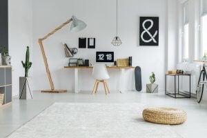 piantana e lampada da scrivania
