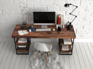 scrivania per lavorare e studiare a casa