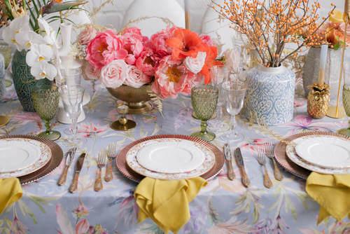 primavera sul tavolo da pranzo