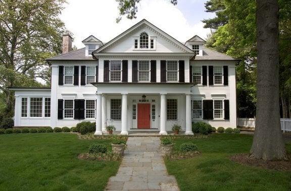 Casa coloniale con le colonne