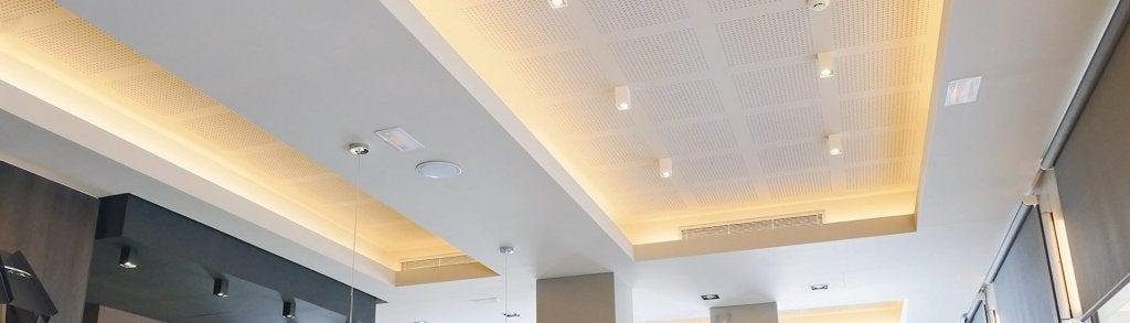 Controsoffito per stanza con soffitti alti