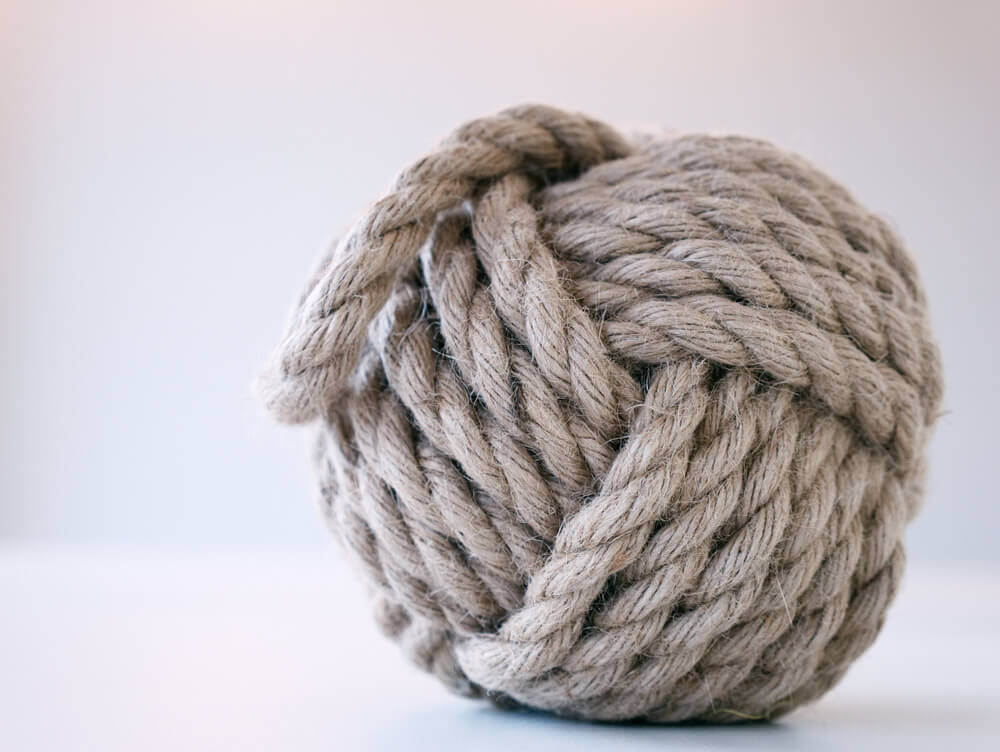 Preparazione delle corde per mensole sospese