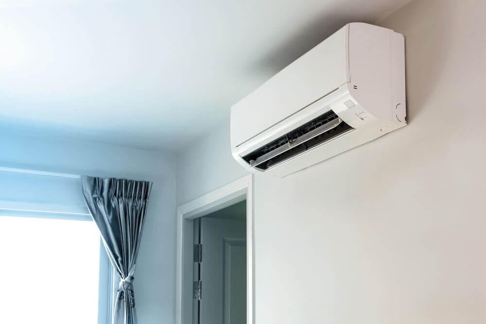 Nascondere il condizionatore a soffitto
