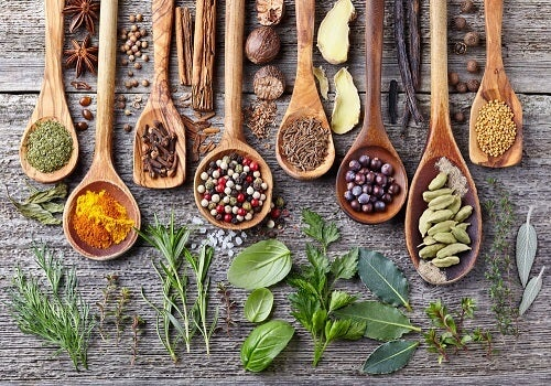 Le spezie in cucina: 6 modi originali per conservarle