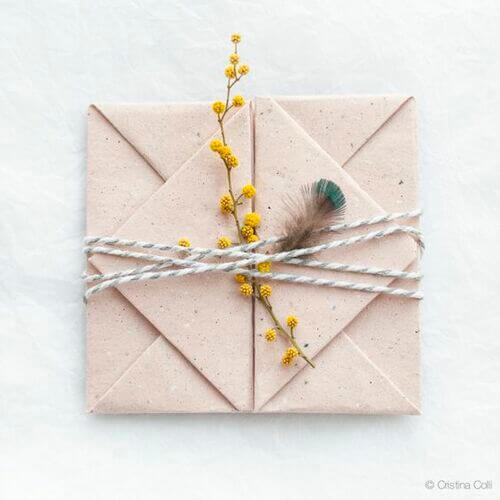 Buste per le lettere colori neutri