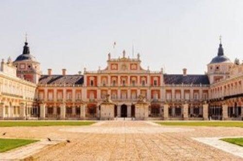 Palazzo reale di Aranjuez: eleganza e classicismo nella decorazione