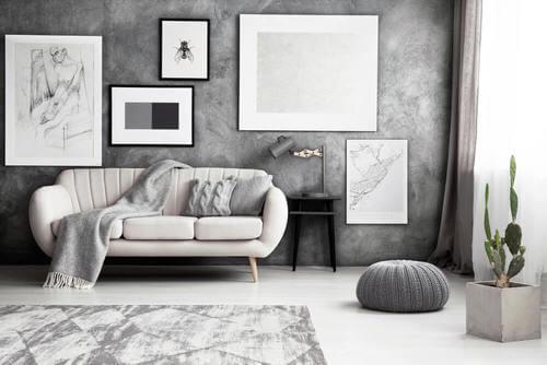 Salotto grigio monocromatico