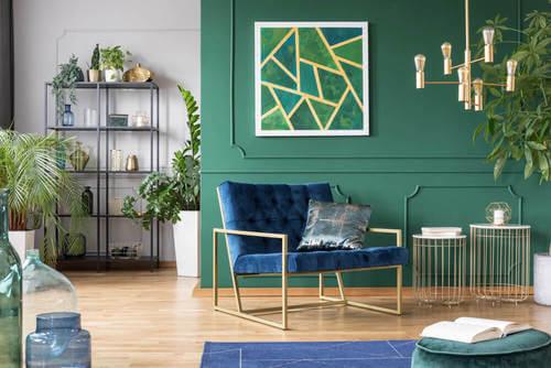 Salotto verde equilibrio decorativo