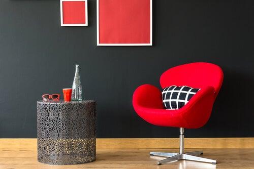 Sedia Swan rossa