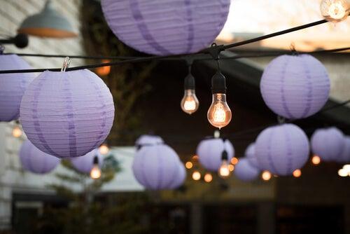5 bellissime lanterne per decorare gli esterni