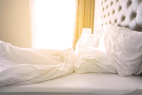 Perché è importante rifare il letto la mattina