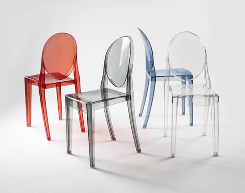 sedia ghost: decorare con la plastica sostenibile