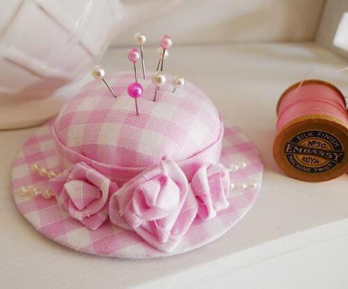 Portaspilli a forma di cappellino