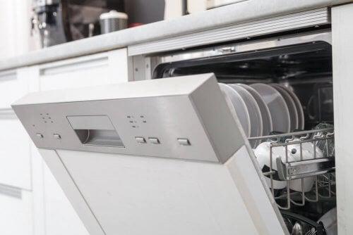 Scoprite tutti i vantaggi della lavastoviglie