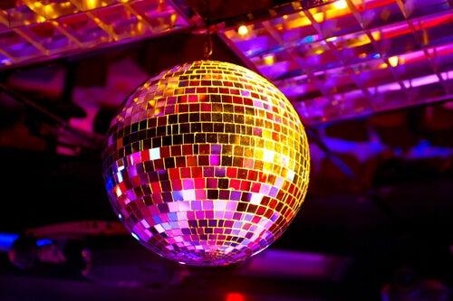 La palla da discoteca per animare una festa