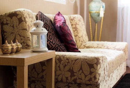 divano cuscini e complementi arredo decorazione in stile asiatico