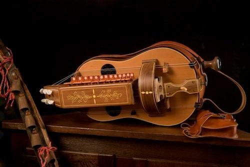 strumento musicale ghironda